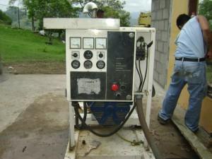 desmontaje-de-generador-en-santa-rita-copan-3.jpg